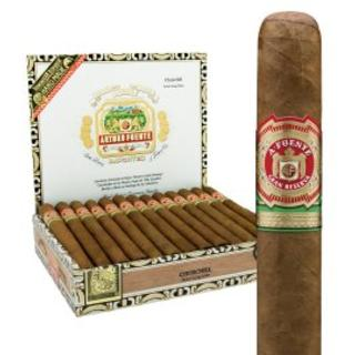 ARTURO FUENTE CHURCHILL MAD 25